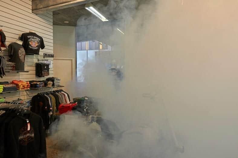 Sicherheitsnebel verbirgt teure Harley-Davidson-Jacken